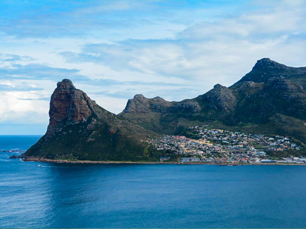 Sudáfrica. Día 5: Chapman's Peak, Península, Pingüinos de Simon's Town, St. James y Bo kaap.